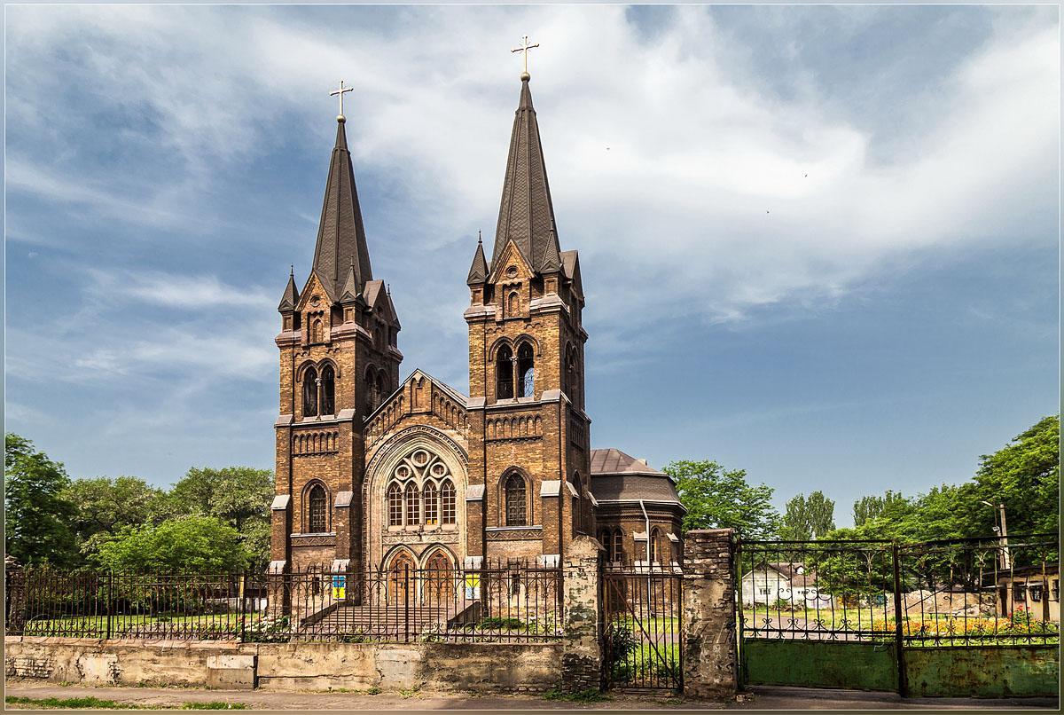 Костел Св. Миколая у Кам'янському