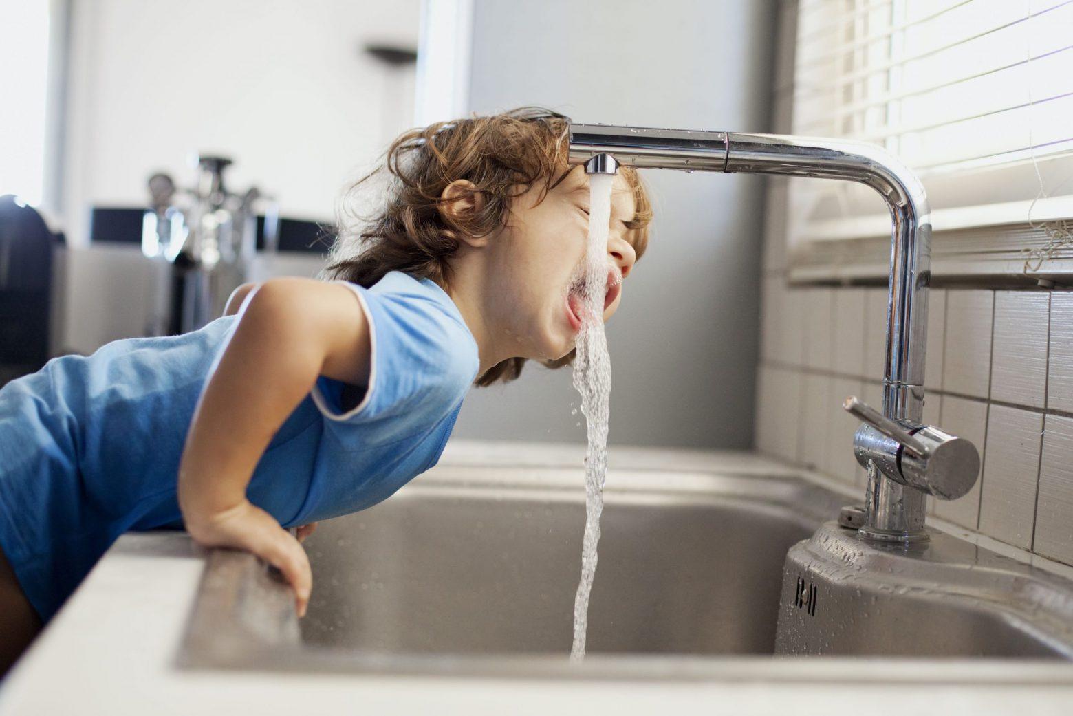 Чи можна пити воду з-під крану?